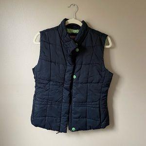 Vineyard Vines medium black puffer vest